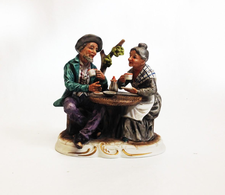 Teázó porcelán apóka és anyóka
