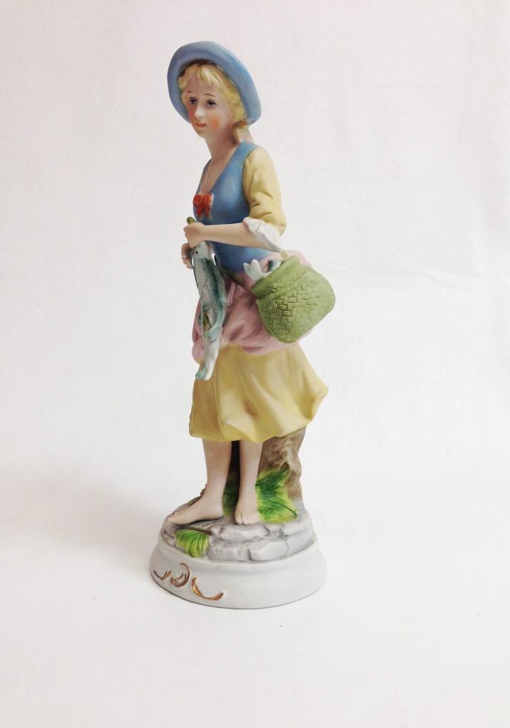 Porcelán lányka