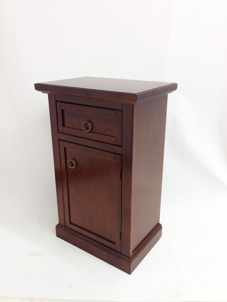 Komód/Éjjeli szekrény