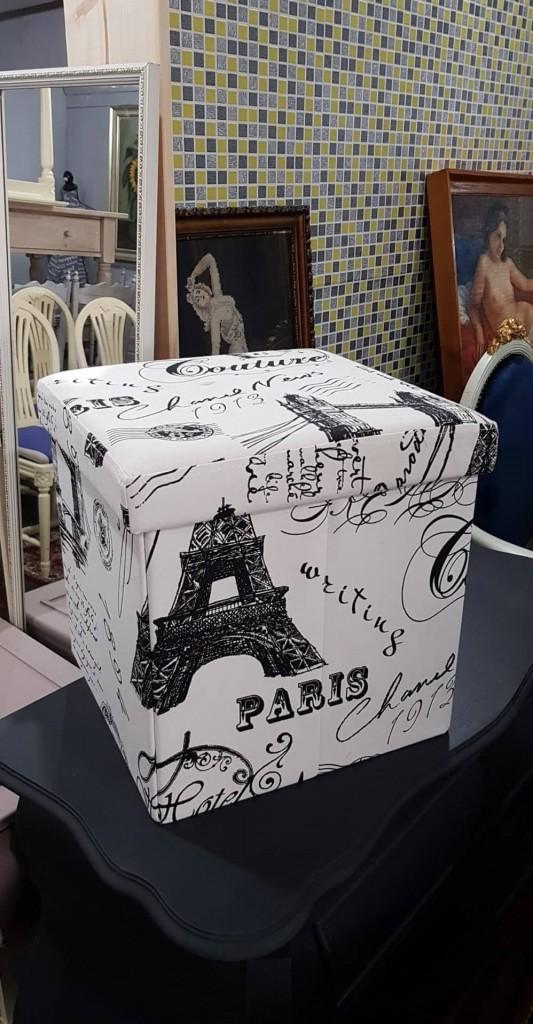 Vintage textil doboz