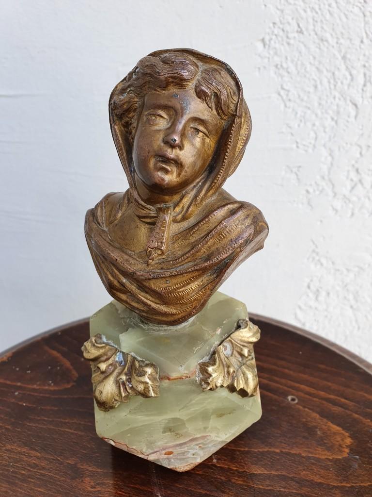 Szecessziós női büszt szobor