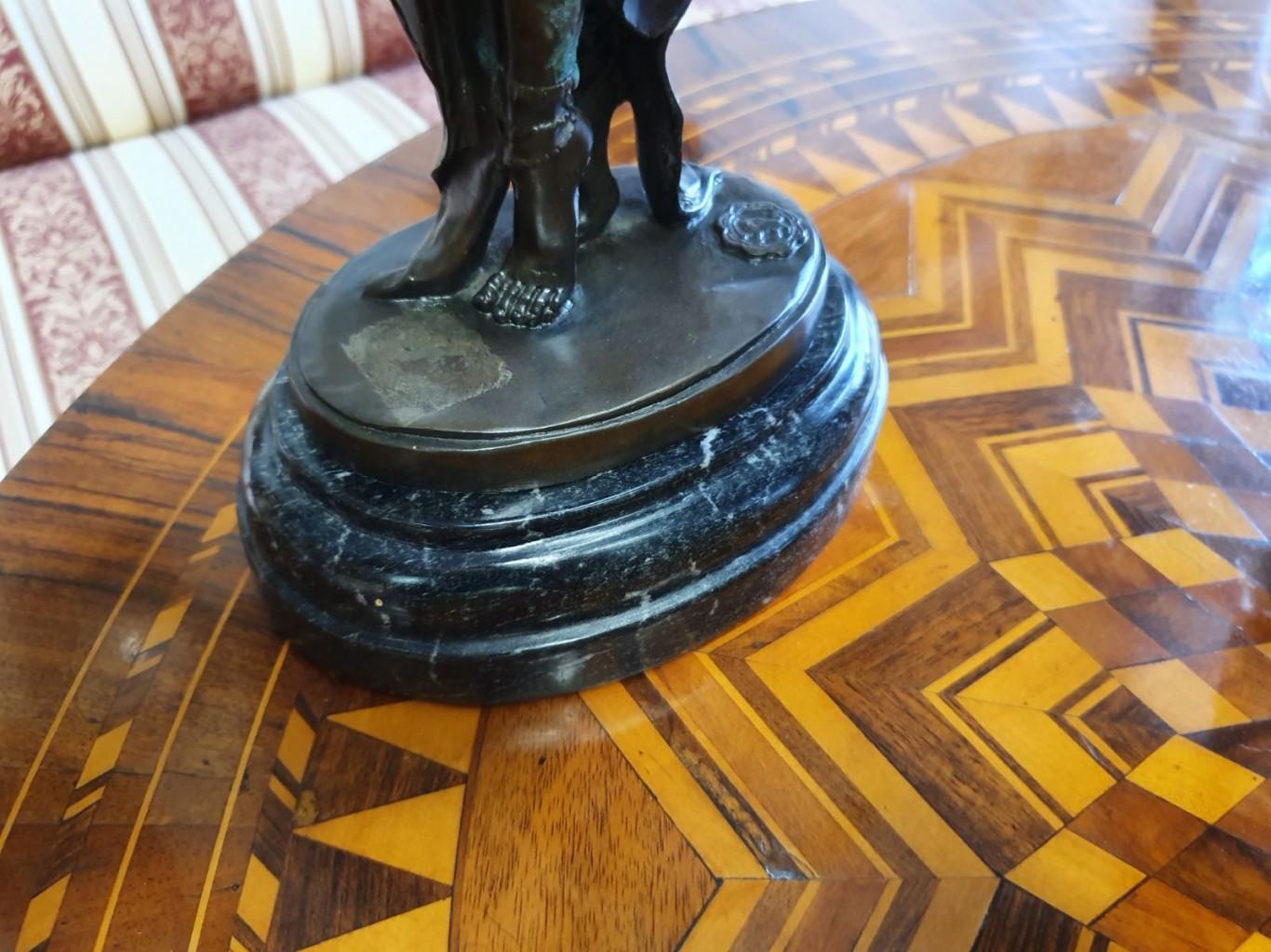 Art-Deco bronz szobor