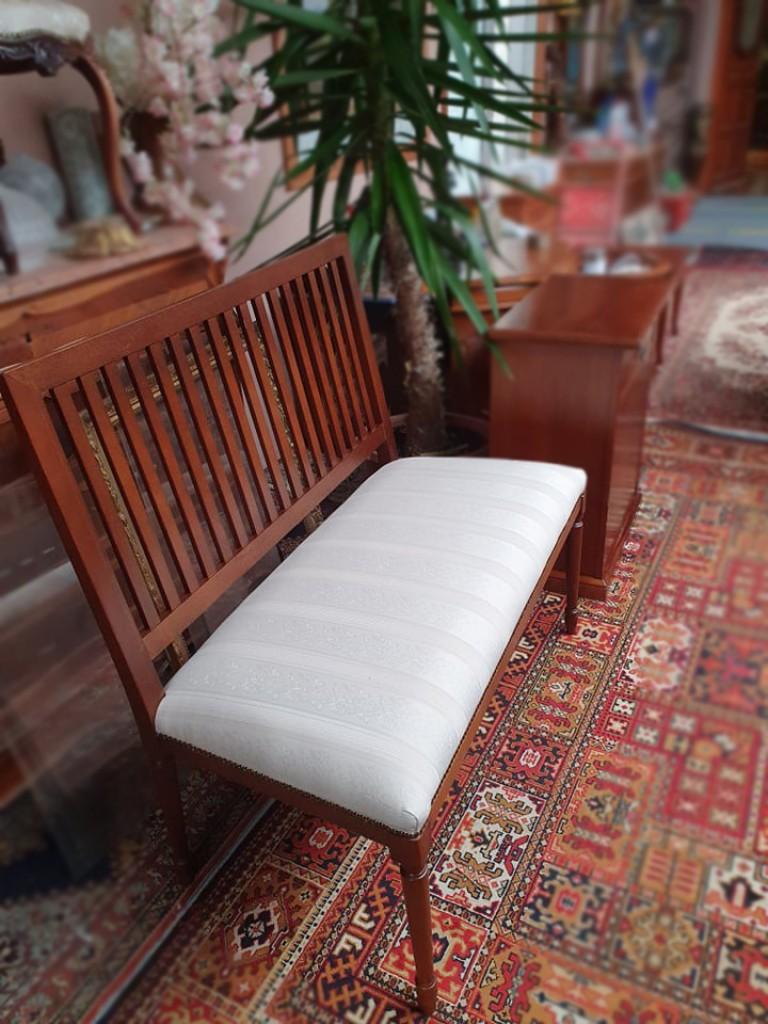 Art Deco stílusú kárpitos pad kanapé