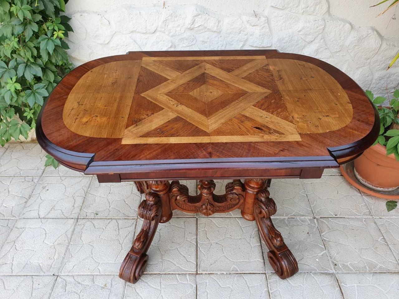 Antik szalon asztal
