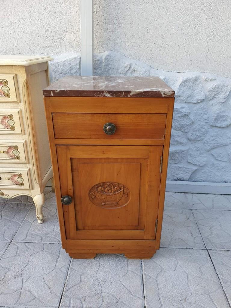 Antik márványlapos kis komód, éjjeli szekrény